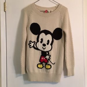 🎈EUC🎈 H&M Divided Mickey Mouse Disney Sweater